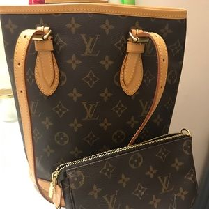 Louis Vuitton Bags - Petite Louis Vuitton Bucket size 10x9x6""